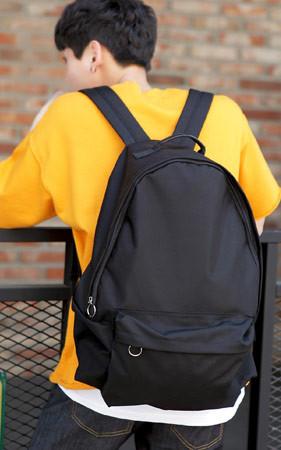 基本的概念双肩包/背包