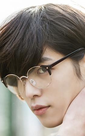 古典凝胶眼镜利雅