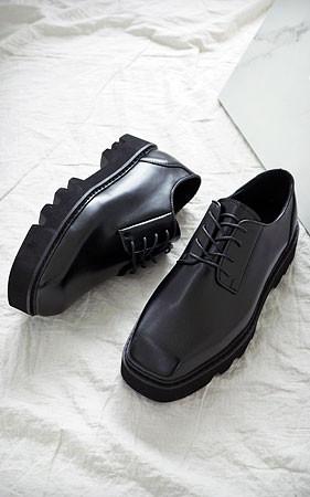 Suwayato德比鞋