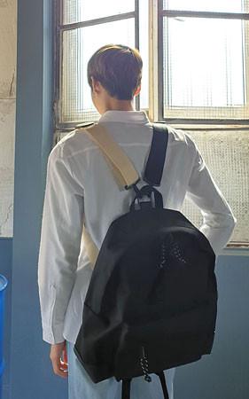 喷雾双重双肩包/背包