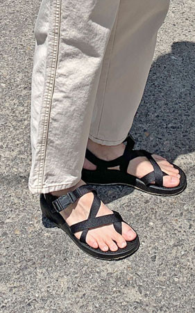 玉条/束带凉鞋