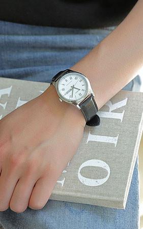 罗马框架皮革手表