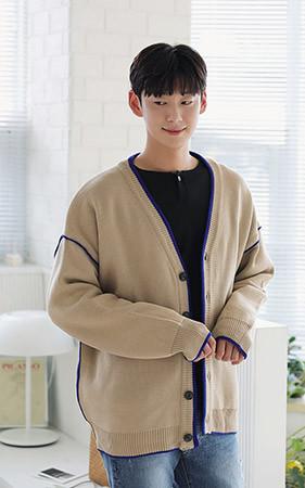 线条色色宽松款针织衫开衫