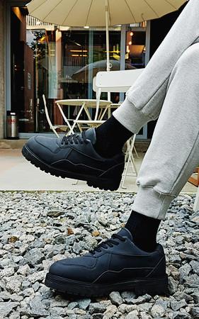 5厘米高高鞋垫低马丁短靴
