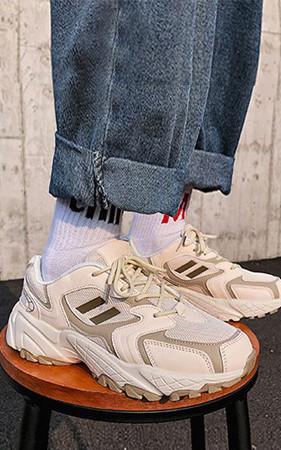 预购50% <br>情侣Snap Ugly胶底帆布鞋